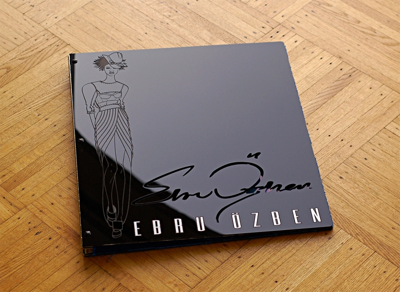 custom fashion design portfolio book